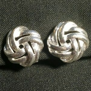 Jewelry - Vintage Clip-On Earring Silver Diamond Shape Twist